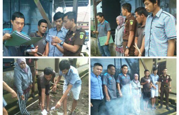 Sat Narkoba Polres Kepahiang Bakar BB Sabu & Ganja
