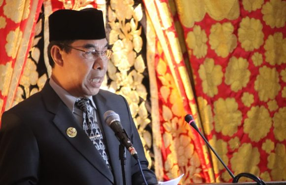 Bupati RL Hadiri Pelantikan 30 Dewan Periode 2019-2024