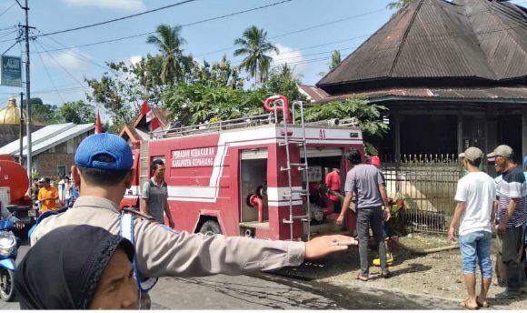Hubung Singkat, Rumah di Tebat Karai Terbakar