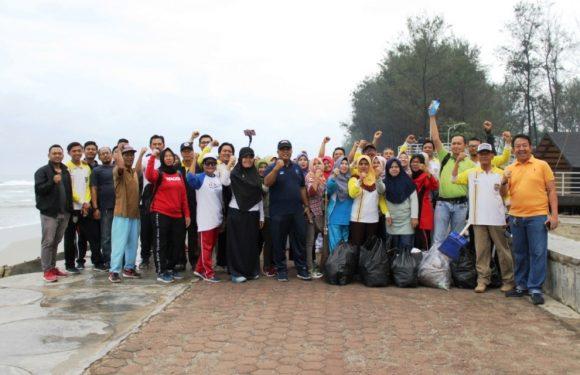 Jaga Kebersihan Objek Wisata, Diskominfotik Bengkulu Gelar Jum'at Bersih
