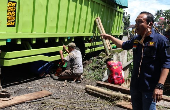 Dilindas Fuso Jalan Taba Saling Amblas Lagi. Ketua DPRD Turun ke Lokasi